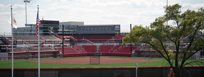 Burma Red Hilltopper Infield Mix - Chicago Bandits Stadium - Rosemont, IL