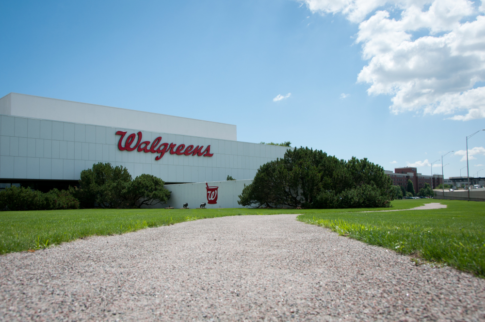 Pewter Granite Stabilized Pathway - Walgreens Corporate Headquarters - Deerfield, IL