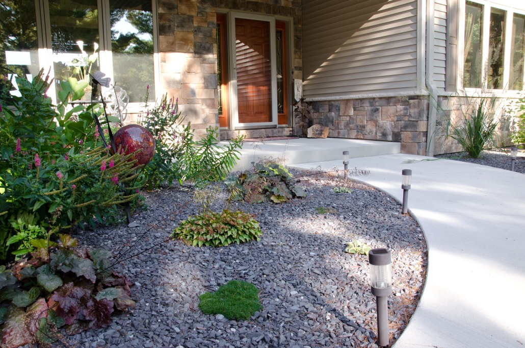 Landscape stone for homes and businesses kafka granite for Landscaping stones